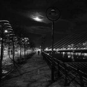 * Noční procházka *