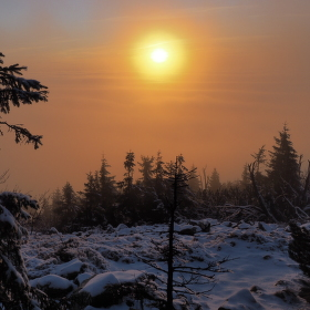 Západ slunce ,,v inverzi''