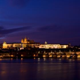 Praha podvečerní
