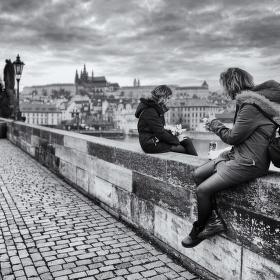 Na tom pražským mostě... II