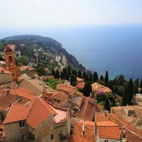 Výhled z hradeb v Roquebrune-cap-martin na Azurovém pobřeží