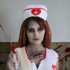 Zombie sestříčka