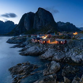 Blue hour above Reine