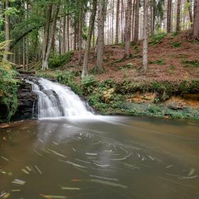 Chrástenský vodopád, Podještědí
