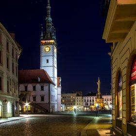 noční Olomouc