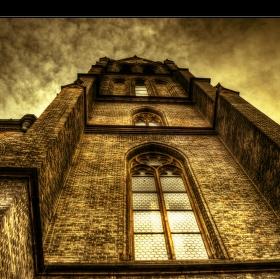 kostel na Míráku