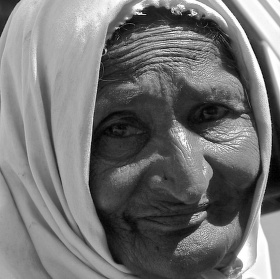 Babička na trhu