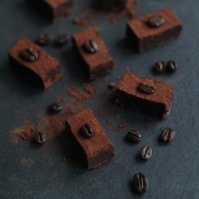 Čokoládové lanýže s příchutí kávy a likéru Grand Marnier...