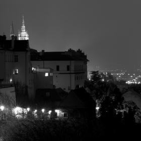 .. nerudovka v noci