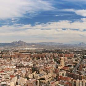 Panorama španělského města Alicante
