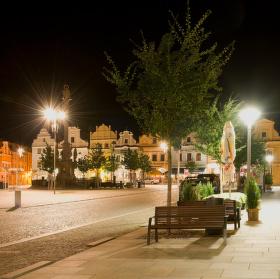 Opuštěné náměstí