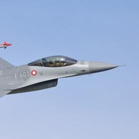 F-16 DAF