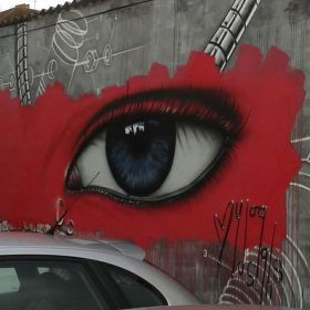 ....dokonale zabezpečené parkoviště.....tyhle oči ani nemrknou....