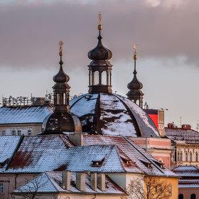 STARÁ a NOVÁ aneb Kostel Panny Marie a sv. Karla Velikého + Žižkovská věž