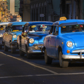 BLUE TAXIS