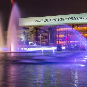 Divadelní barvy fontány