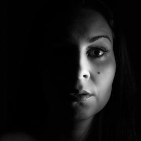 Copak se skrývá ve tmě?