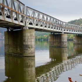 Most u Měchenic