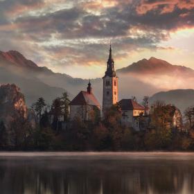 Podzimní ráno u Bledu