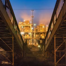Továrna na prach...