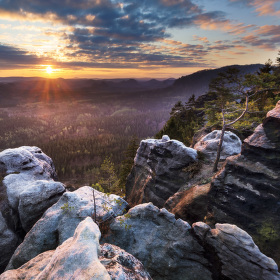 Ráno ve skalách