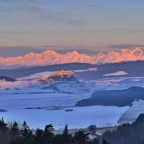 Spišský hrad a Tatry