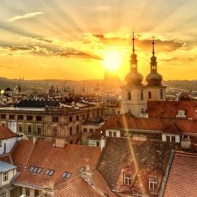Západ na Prahou
