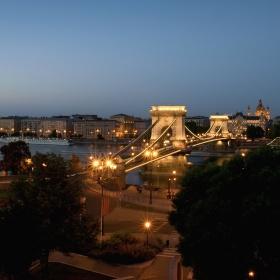 Večerní Budapešť