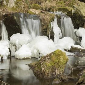 Zamrzlý vodopád