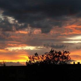 Oheň na obloze