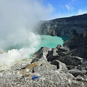 Kavah ijen - sírná sopka na Jáwě