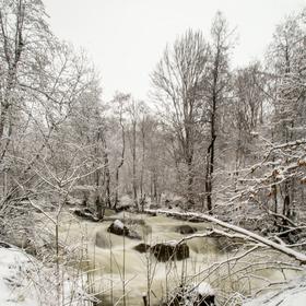 Řeka v zimě