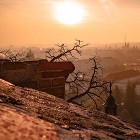 Ze středověkých hradeb do třetího tisíciletí...