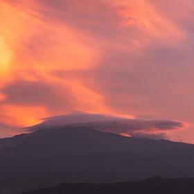 Etna při západu