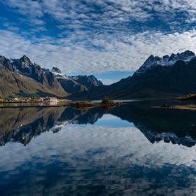 Norské nebe v rybníku