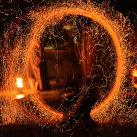 Ještě  trochu ohnivého čarování