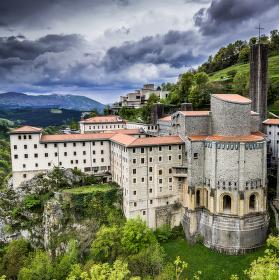 klášter Arantzazu, verze II, Baskicko