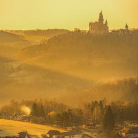 Svítání nad hradem