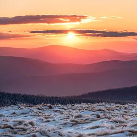 Den končí nad Králickým Sněžníkem