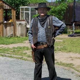 Tenkrát na Západě - Šerif náš, ten nerozumí žertům