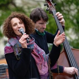 První akce v Jazz Dock