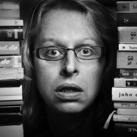 Idiot v knihovně