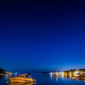 Noční obloha nad Chorvatskou Vesničkou