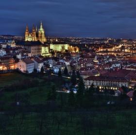 Kouzlo večerní Prahy