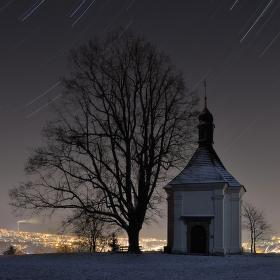 Strážná hora pod palbou hvězd..