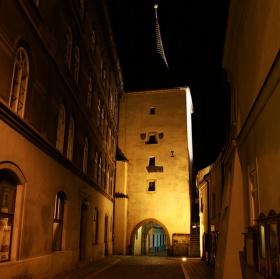 Velvarská brána ve Slaném
