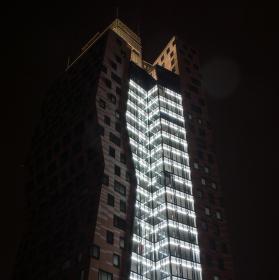 Noční mrakodrap