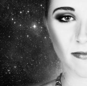 Dívka z vesmíru