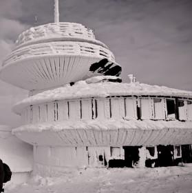 Namrzlá polská bouda na Sněžce