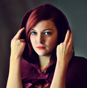Purple BloodyHood - Purpurová Karkulka